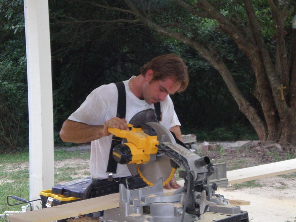 Wanda Works with Paint exterior maintenance Lawrenceville Georgia